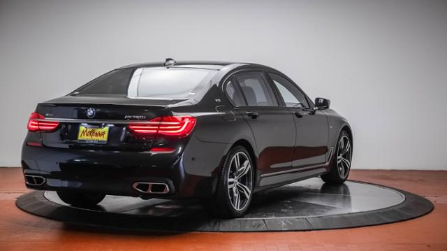 new 2017 bmw 7 series m760i xdrive sedan 4dr car in. Black Bedroom Furniture Sets. Home Design Ideas