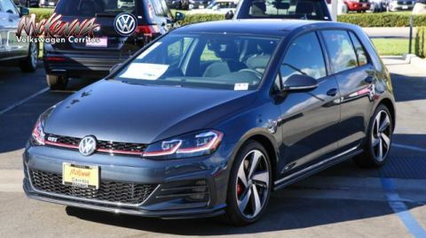New 2018 Volkswagen Golf GTI 2.0T SE DSG