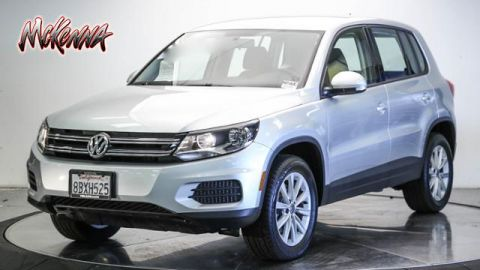Certified Pre-Owned 2017 Volkswagen Tiguan Limited 2.0T FWD